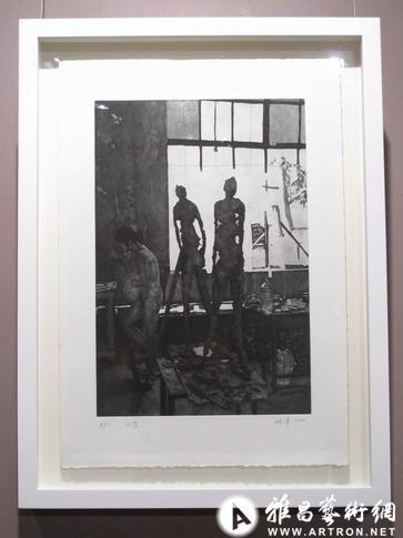 张峰 为雕塑塑造影子的艺术家